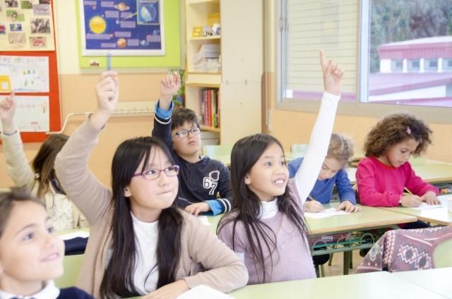 未就学児または公立学校に通う場合